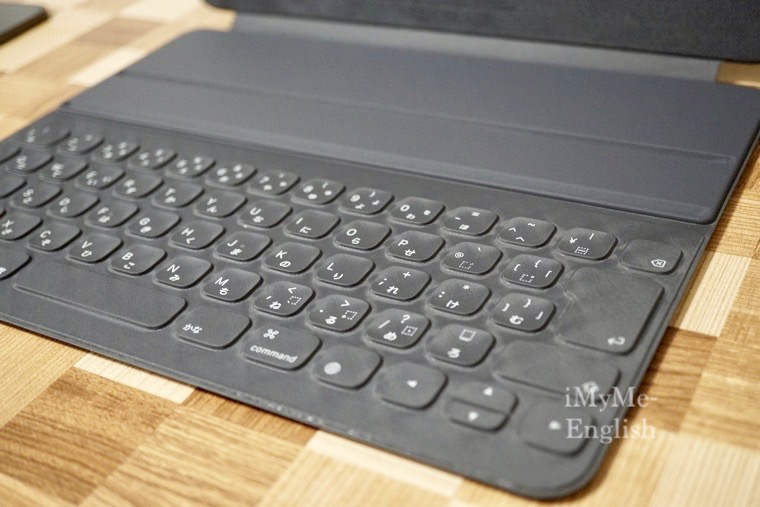 iPad Pro 12.9インチ用 Smart Keyboard Folio,
