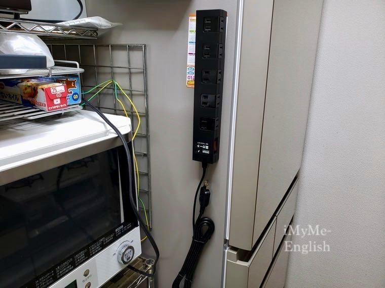 サンワサプライ 「雷ガードタップ 10個口 3m 」の写真 11 (TAP-SP2110-3BK)