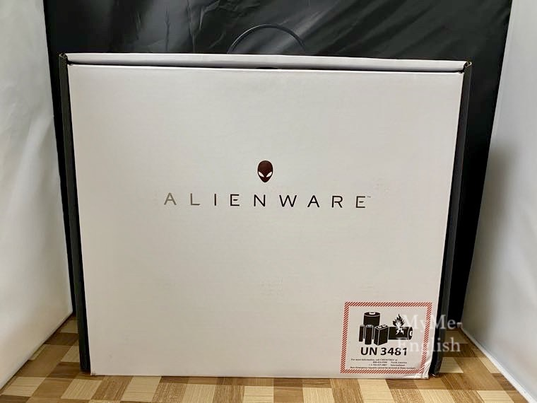 Dell「New Alienware m17 R3」の写真1