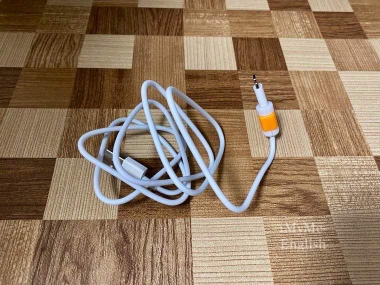 ダイソー「iPhone用Lightningケーブル保護カバー」の写真7