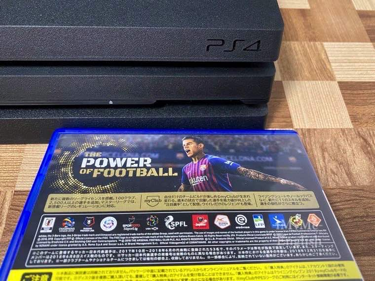 SONY「PS4 Pro」の写真10