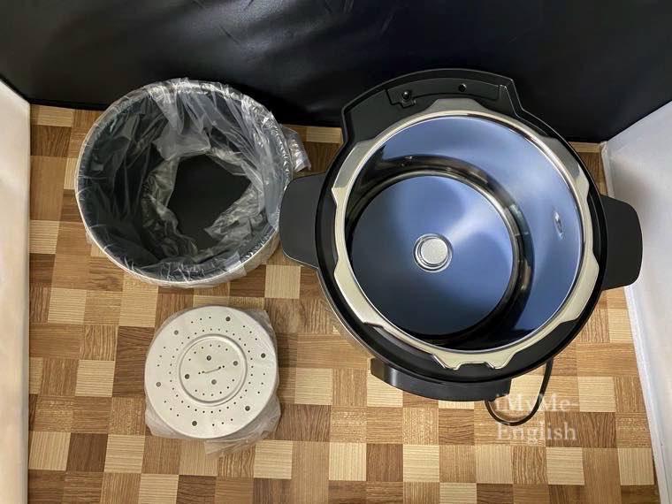 パナソニック 電気圧力鍋 (SR-MP300-K)の写真4